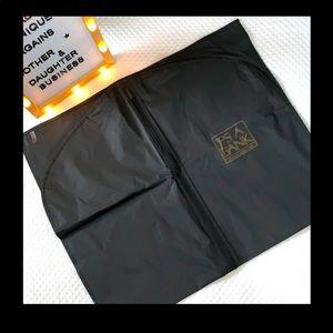 Jos A Bank Vynol Zipper Garment Bag 23 - 40